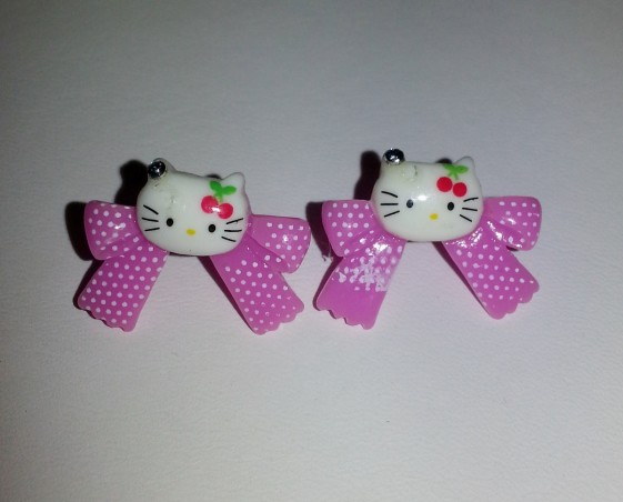 Örhängen stift Hello kitty lila rosett